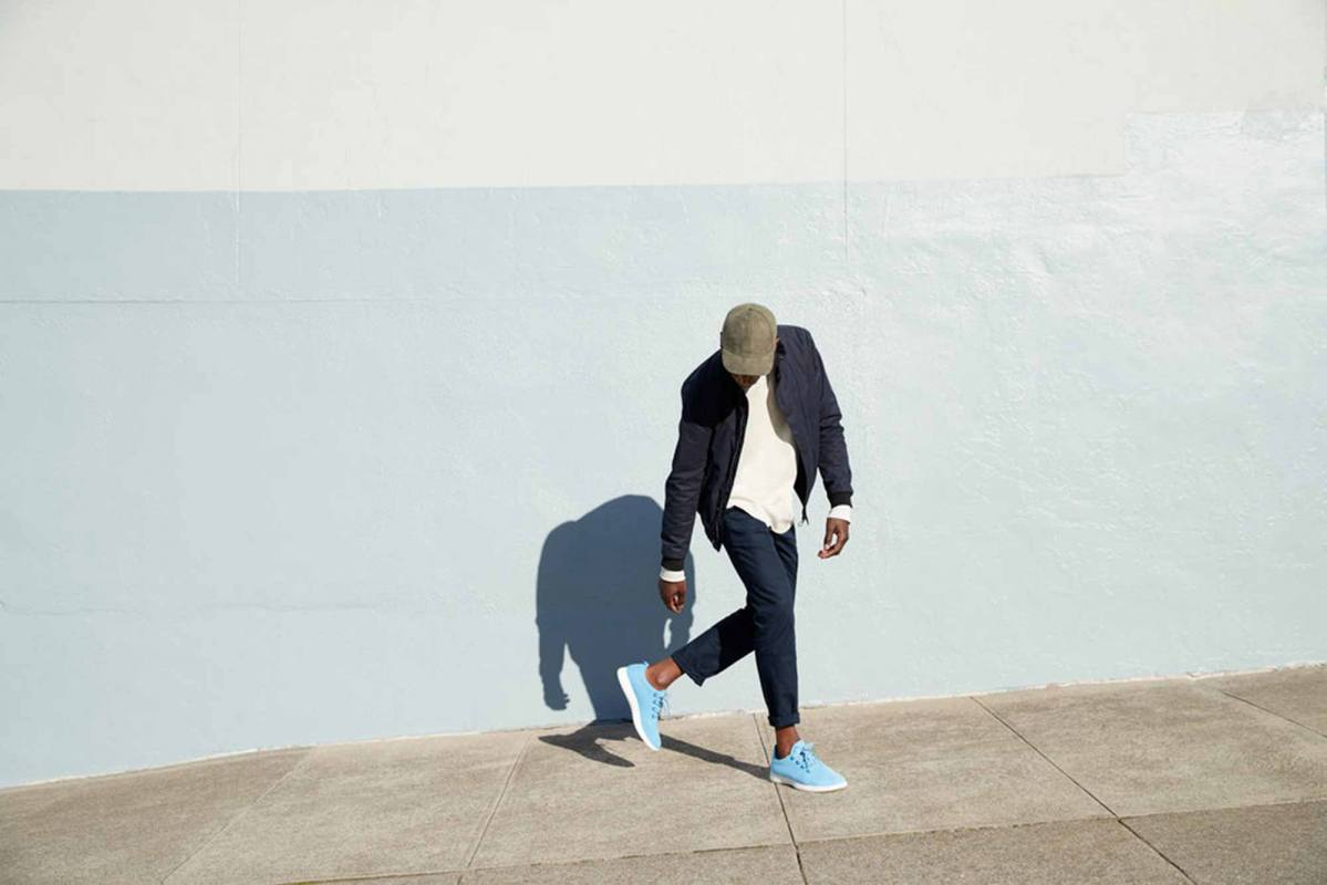 07-allbirds-Mens_Runner_Sky